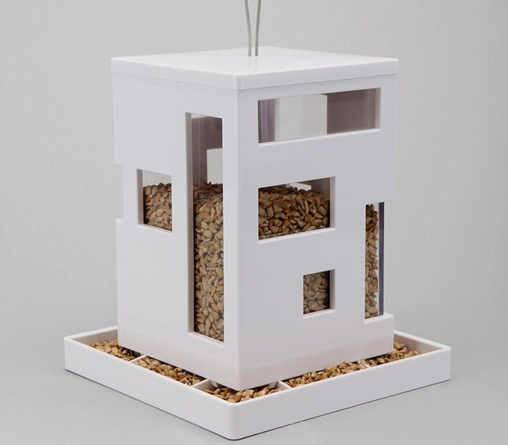 bird feeders boxes with a difference. Black Bedroom Furniture Sets. Home Design Ideas