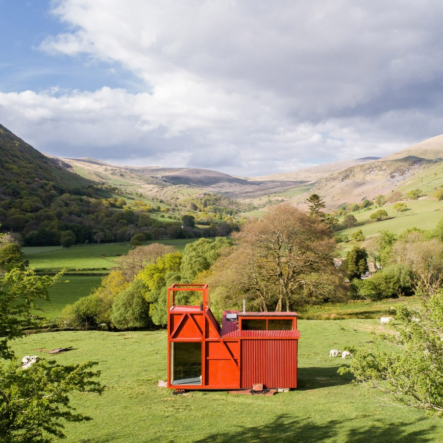 8 Winning Tiny Houses In Wales -Miner's Legend By How About Studio - Image From dezeen.com