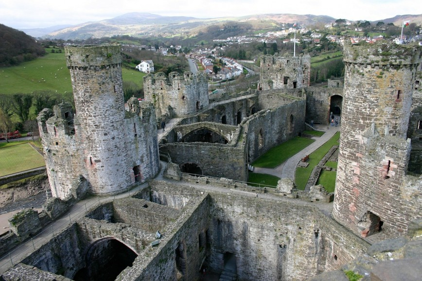Where To Buy In North Wales: Popular Areas & What You Can Expect To Get For Your Money? - Conwy