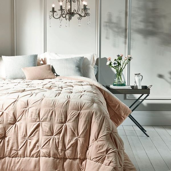 Ways To Make Your Bedroom Feel Light & Airy