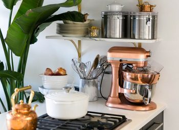 Space And Stress Saving Kitchen Gadgets - Sarah Schiear, Williamsburg Brooklyn apartment - Image Via TheEveryGirl.com