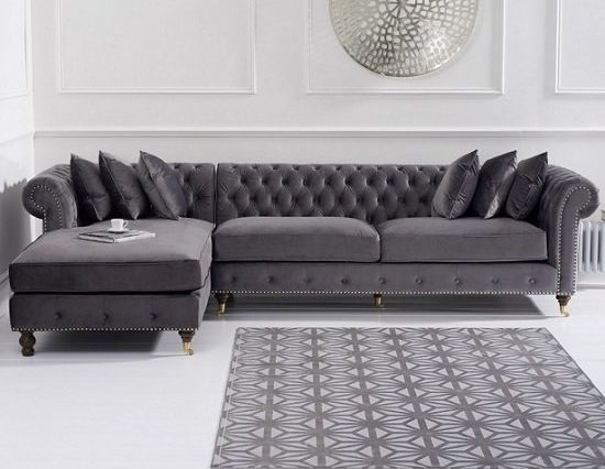 Easy And Affordable Ways To Upgrade Your Living Room - Image Via FurnitureinFashion.net