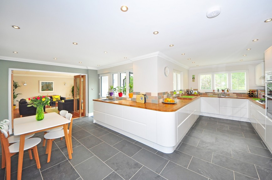 A Comprehensive Guide To Choosing A Kitchen Worktop