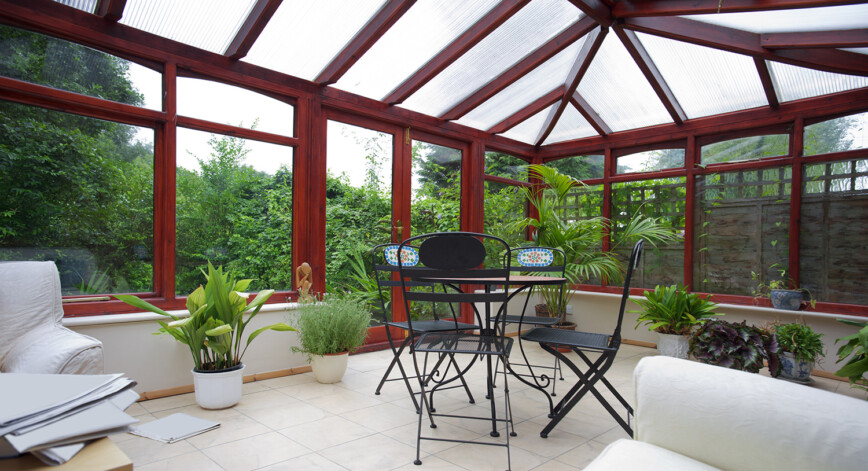 Essential Decor Tips For Conservatories