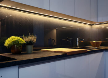 LED undercabinet lighting in kitchen