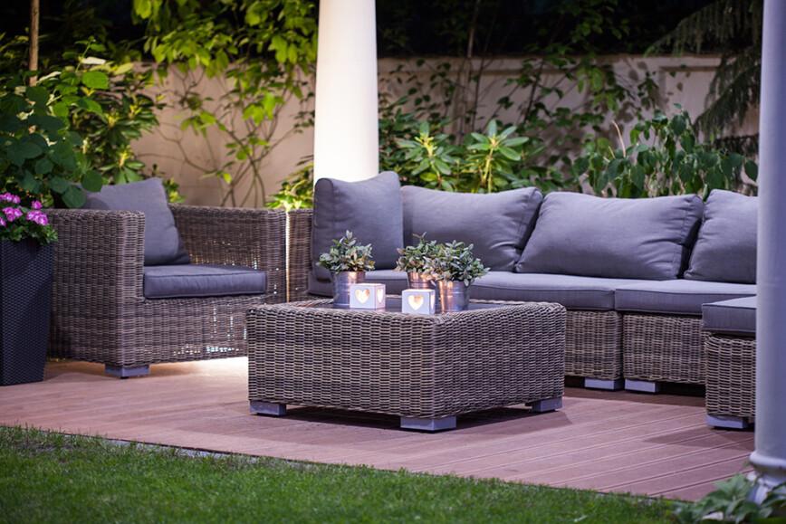 Luxurious rattan garden furnitures